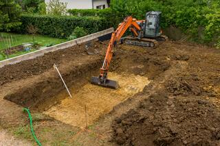 in-ground pool installation