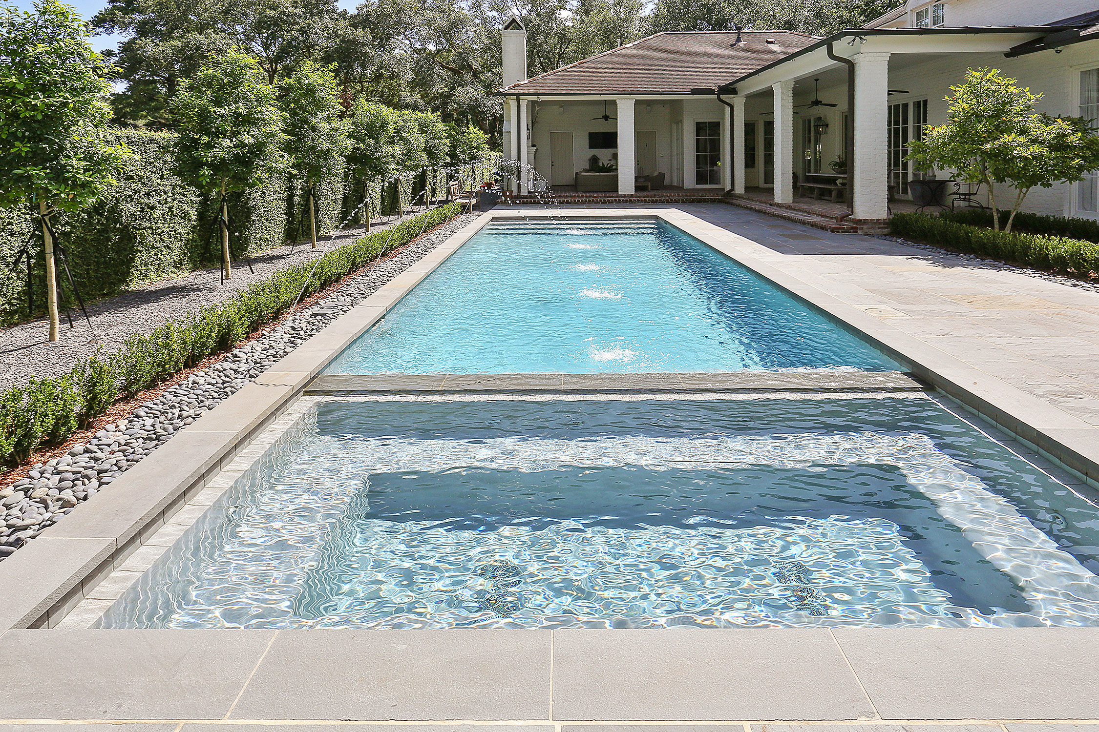 gunite pool with jacuzzi