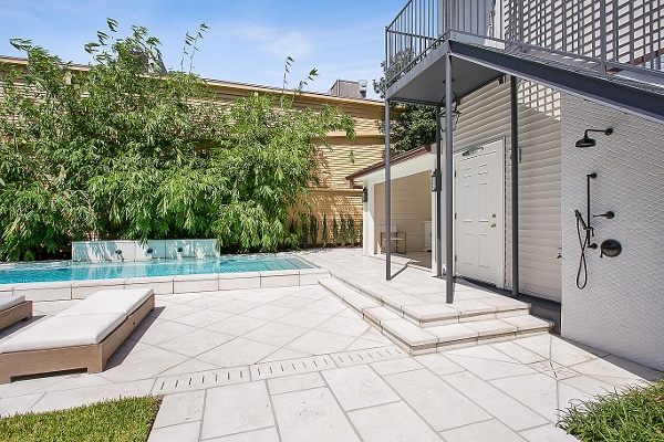 Cocktail pool new orleans with wetedge plaster and firerock pavers