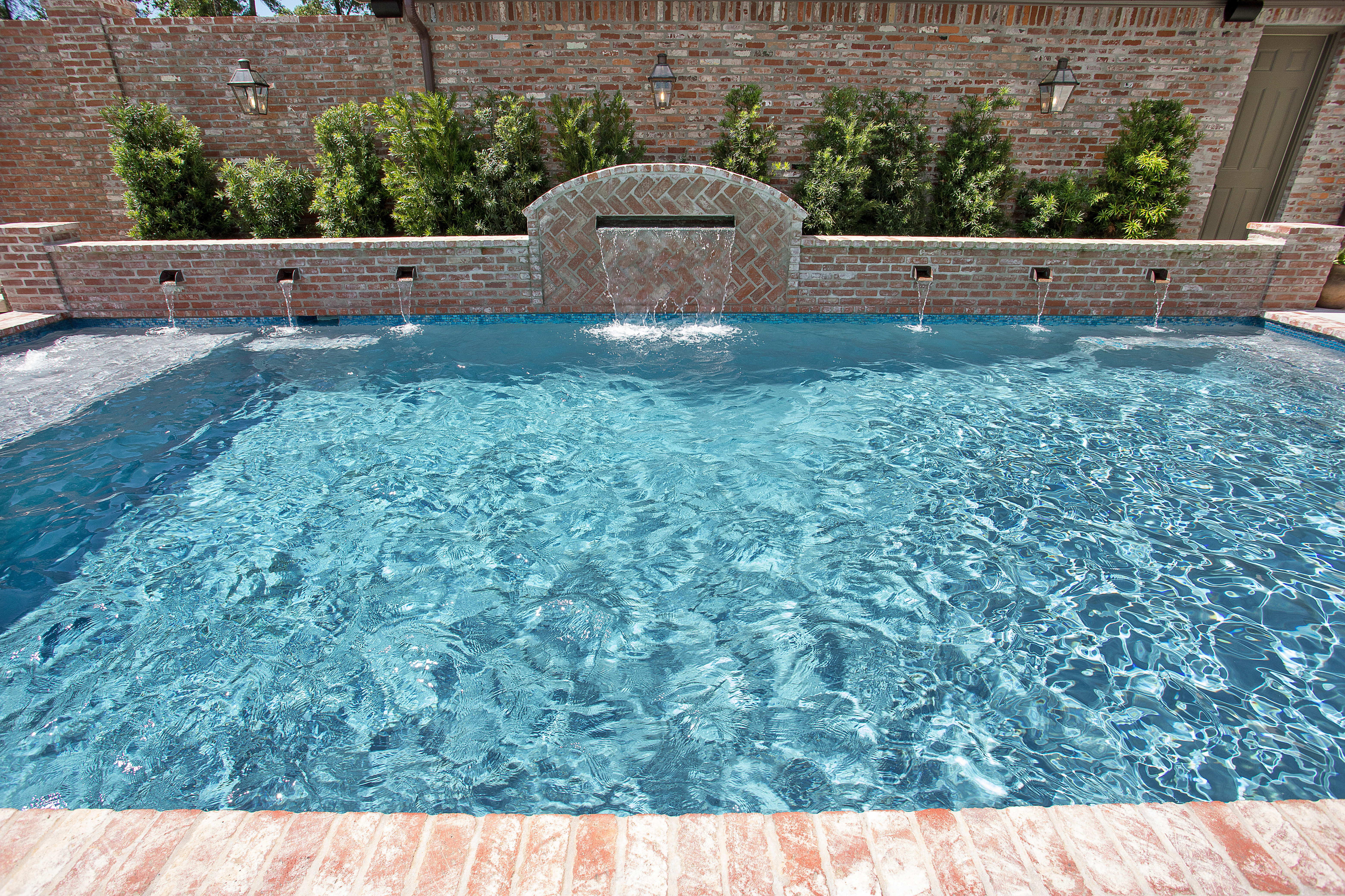 Water features in pool