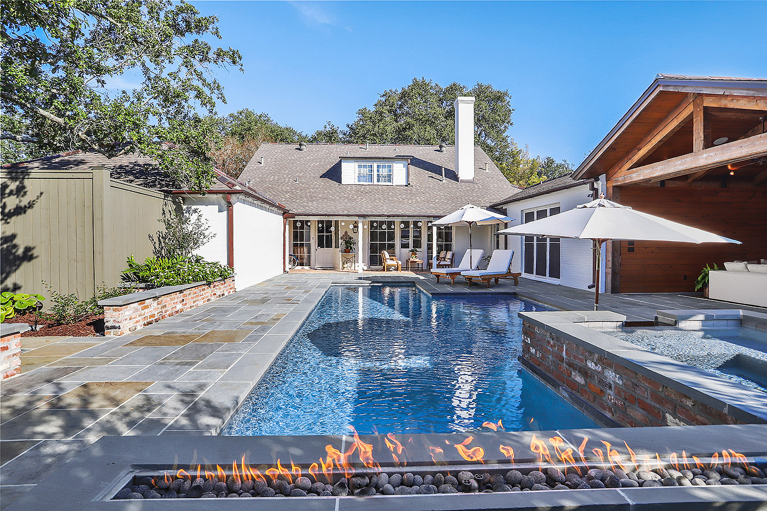 pool with fire feature