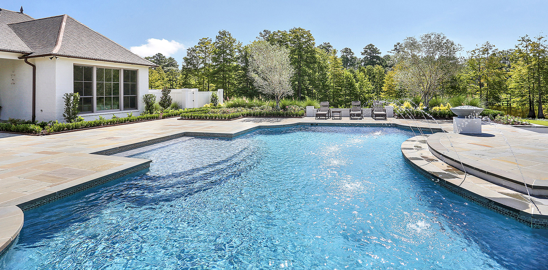 Large Custom Pool Builder Baton Rouge