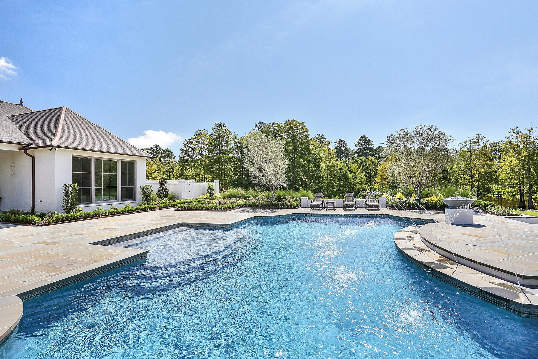 Large Custom Pool Baton Rouge