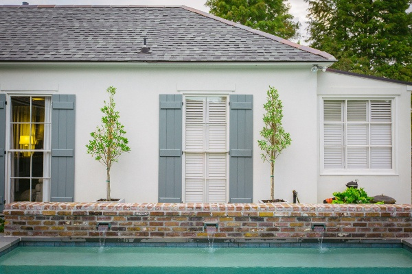 custom antique brick on pool